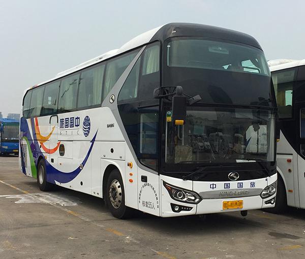 55座金龙旅游大巴车